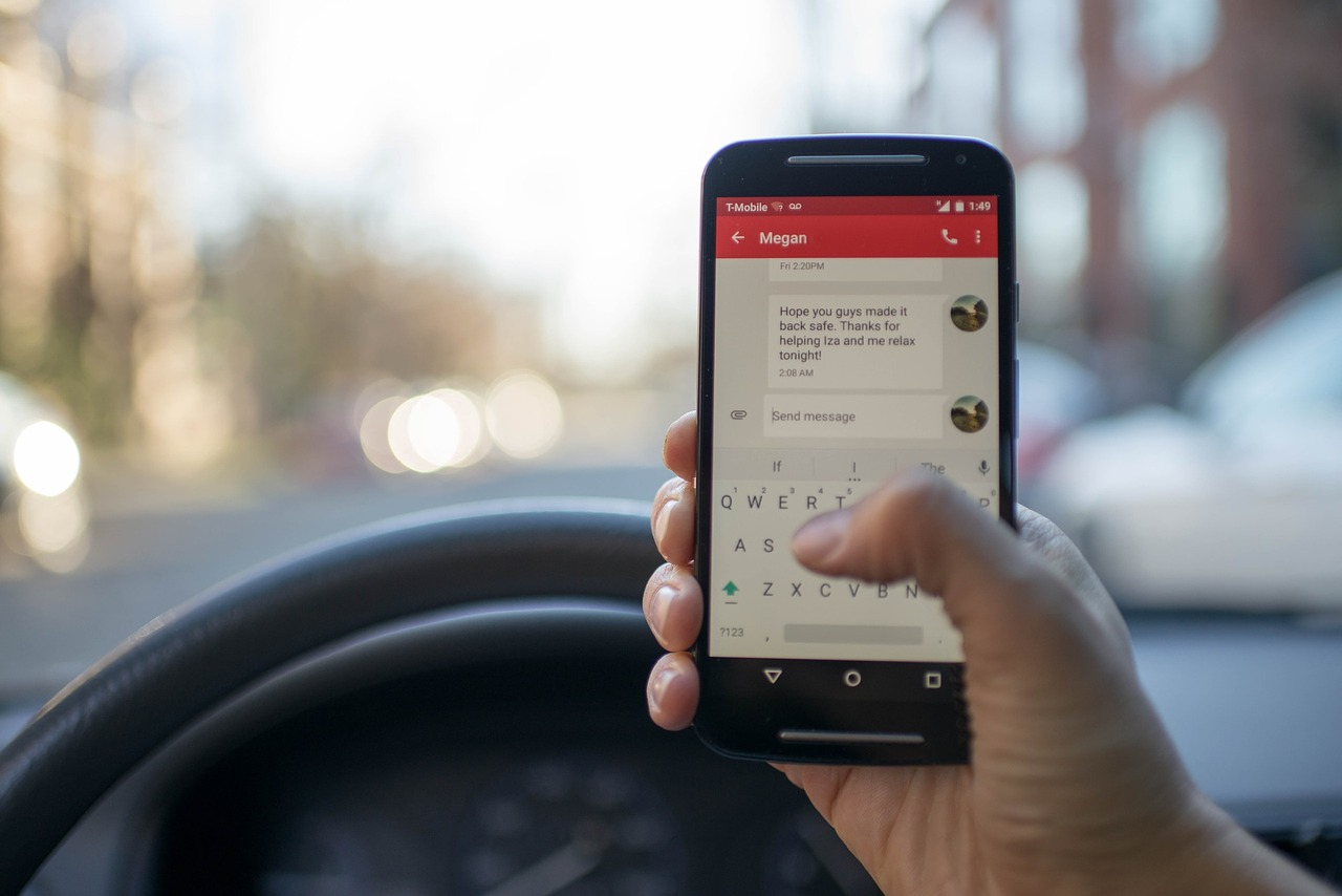 Eliminate Distracted Driving with These Tips